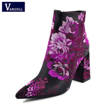 Load image into Gallery viewer, Embroider Boots 2019 New Female Spring Autumn Ankle Boots For Women High Heels Retro Women Shoes Autumn Women High Boots Flower
