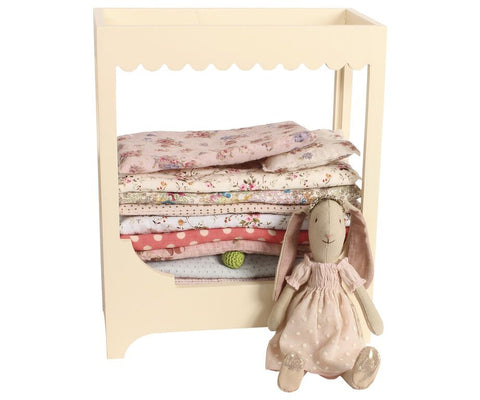 Maileg - Bunny And Pea Set In Box - vivalatoys.com
