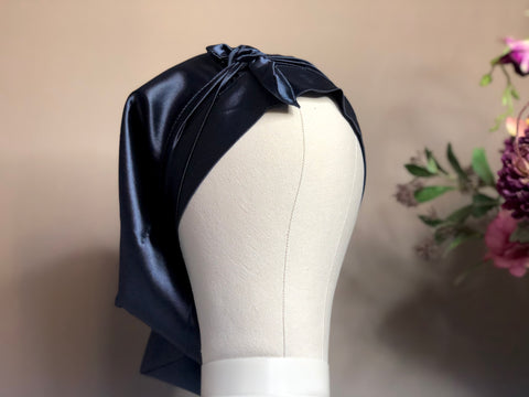 Shelela Navy Bonnet/ Doek