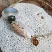 Load image into Gallery viewer, Fiji Pearl and Shell Bangle 14k Gold Filled - FJD$ - Adorn Pacific