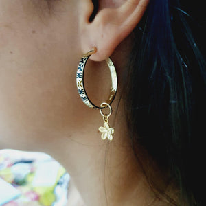 Tapa & Flower Earrings in 18k Gold Vermeil - FJD$ - Adorn Pacific - Fiji Jewelry - Made in Fiji