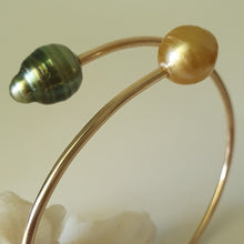 Load image into Gallery viewer, Fiji Pearl Cuff - 925 Sterling Silver FJD$ - Adorn Pacific - Fiji Jewelry