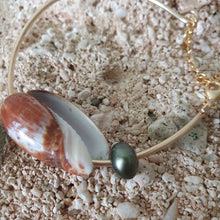 Load image into Gallery viewer, Fiji Pearl and Shell Bangle 14k Gold Filled - FJD$ - Adorn Pacific - Fiji Jewelry