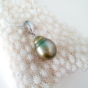 Fiji Pearl Necklace - 925 Sterling Silver FJD$ - Adorn Pacific - Fiji Jewelry - Made in Fiji