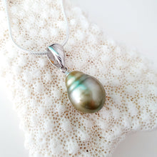 Load image into Gallery viewer, Fiji Pearl Necklace - 925 Sterling Silver FJD$ - Adorn Pacific - Fiji Jewelry - Made in Fiji