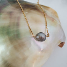 Load image into Gallery viewer, Fiji Pearl Infinity Necklace - 18k Gold Vermeil FJD$ - Adorn Pacific - Fiji Jewelry