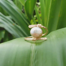 Load and play video in Gallery viewer, CUSTOM MADE STYLE - Fiji Saltwater Pearl Ring adjustable - 14k Gold Fill