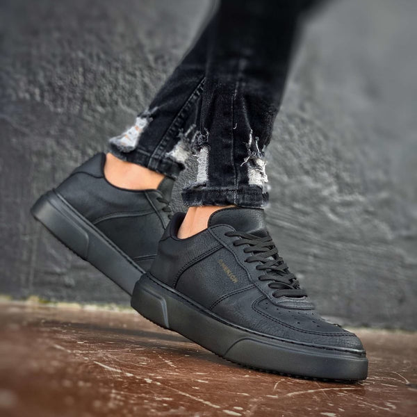 Chekich All Black Flatline Sneakers
