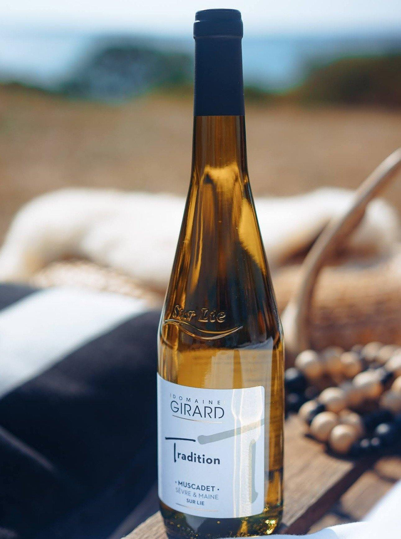 Domaine Girard, Muscadet Sèvre-et-Maine, Tradition 2019 - Mirabelle Selects