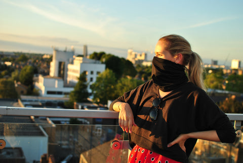 Women Wearing Black Three Elements Scarf