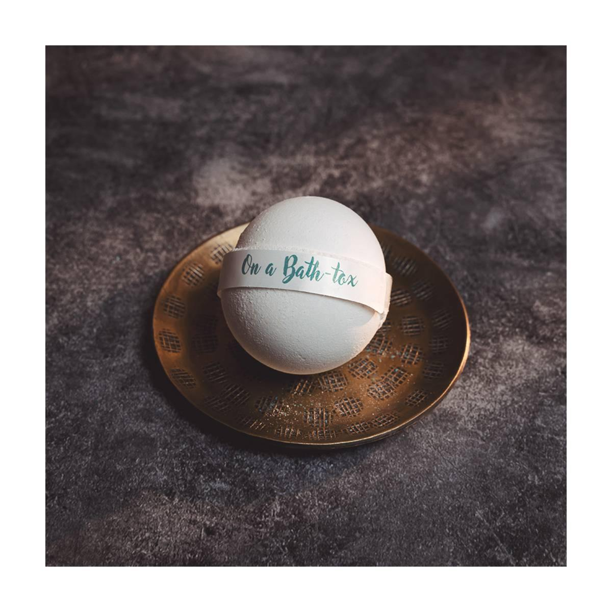 Solitude-Living-Bath-Bomb-For-Detox