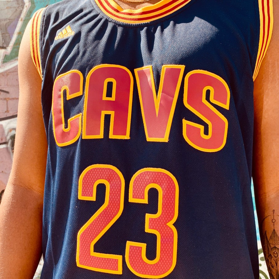 RETRO CLEVELAND CAVALIERS BLUE BASKETBALL JERSEY- LEBRON JAMES 23