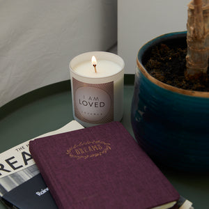 LOVE LIGHTS - Scented Candle - I AM LOVED