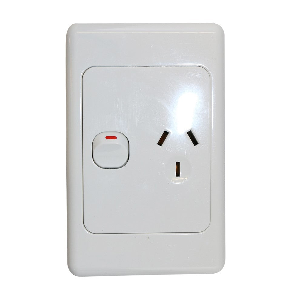 Single 10Amp Powerpoint / GPO Outlet - Vertical