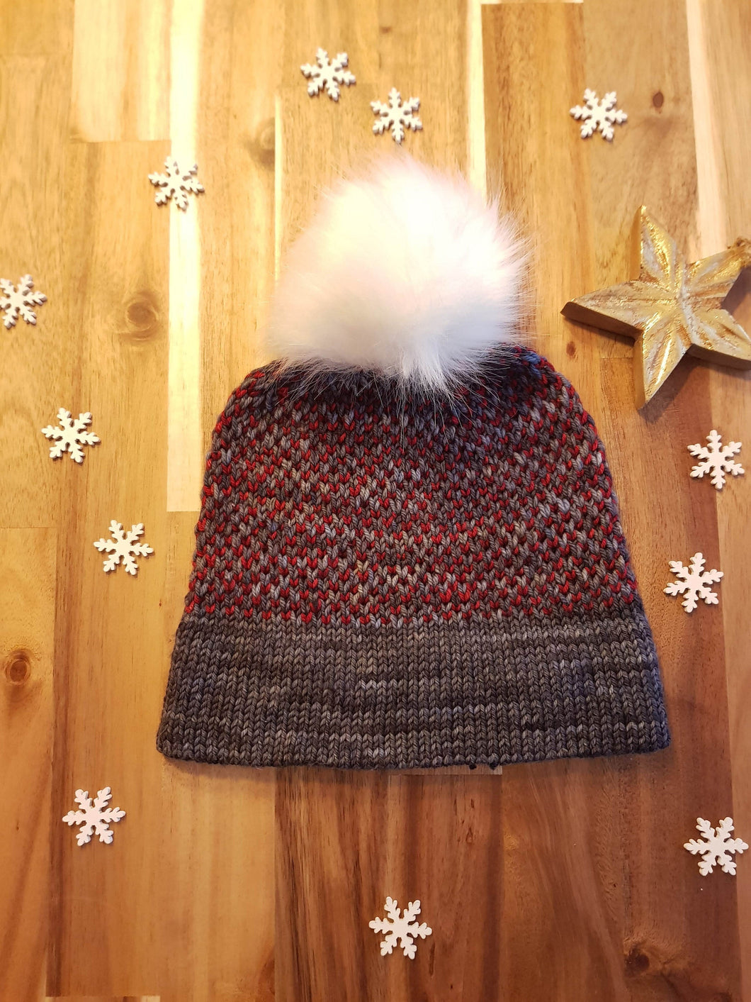 Two Tone Toque - Knitting Pattern by SkillfullyTangled