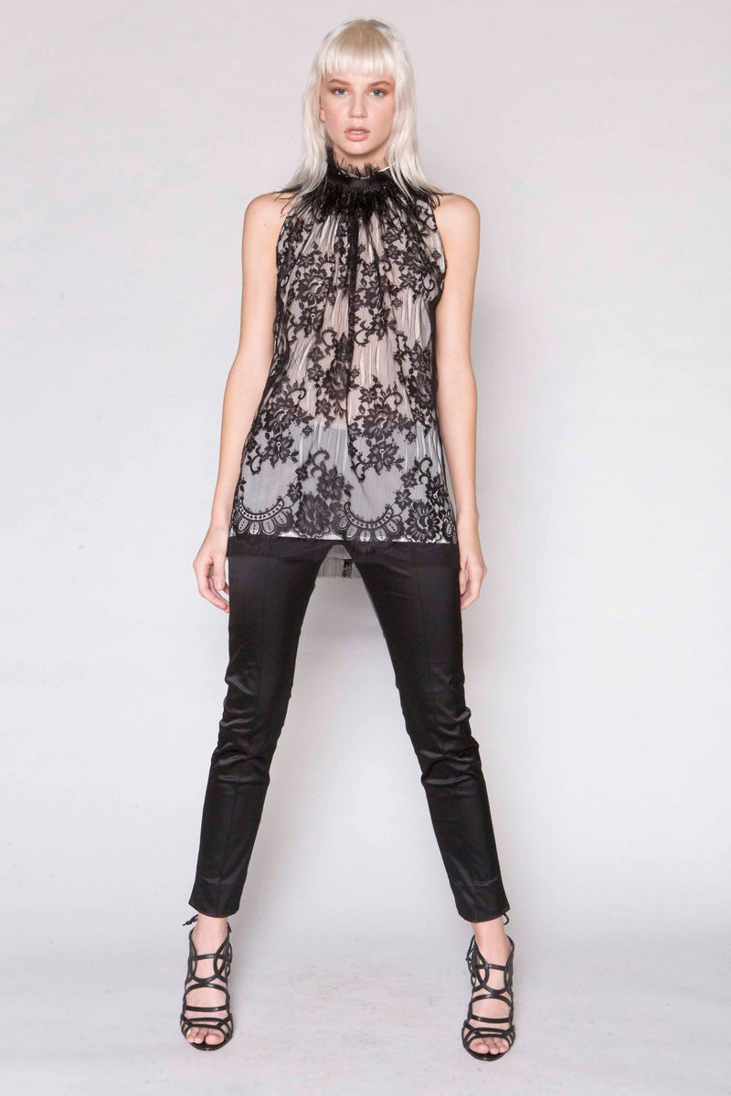 Slash Lace Racer Top w/Feather Choker and Sati Capri Pant