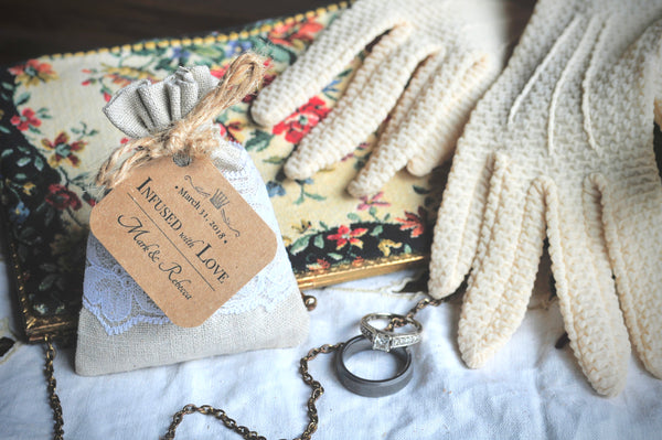 24 | WEDDING or BRIDAL FAVORS | Custom Organic Lavender Sachet | Linen & Lace Toss Bag