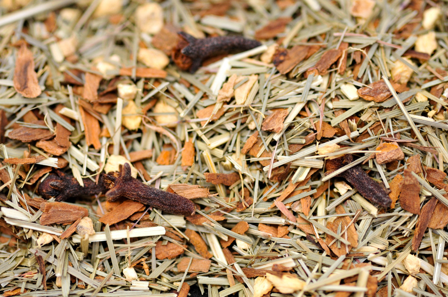 QUEEN MOTHER'S herbal infusion | Orange Peel, Lemongrass, Cinnamon Chips, Ginger Root & Clove