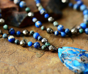 EXscape Collection Blue And Black Agate Glass Pendant beaded Necklace Black Blue Pink Beads Peace Yoga Meditation Stress Reliever