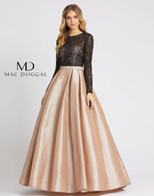 Load image into Gallery viewer, Mac Duggal 12121D Dress