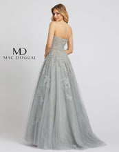 Load image into Gallery viewer, Mac Duggal 20192D Dress
