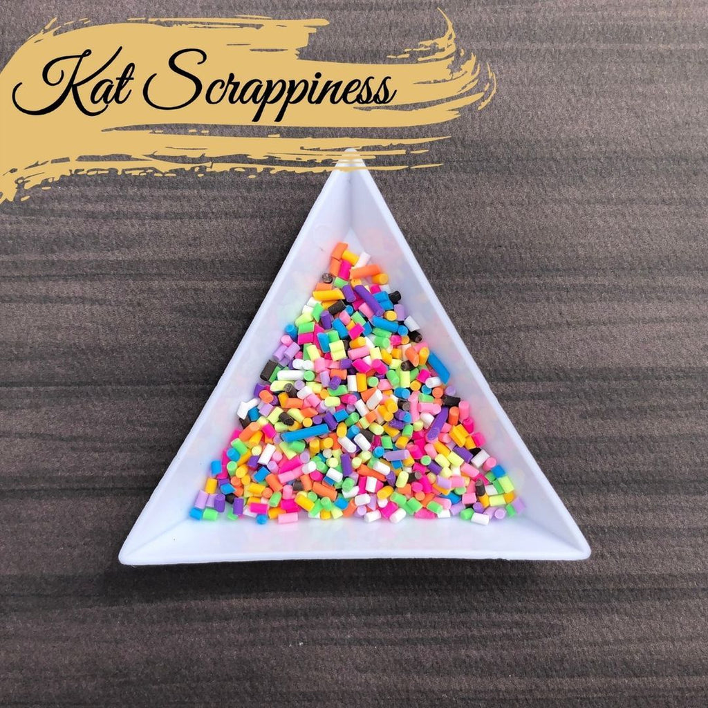 Triangle Embellishment (Sorting) Trays by Kat Scrappiness