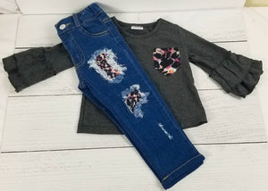 Heather Gray Cheetah Print Ruffle Sleeve Distressed Denim Outfit