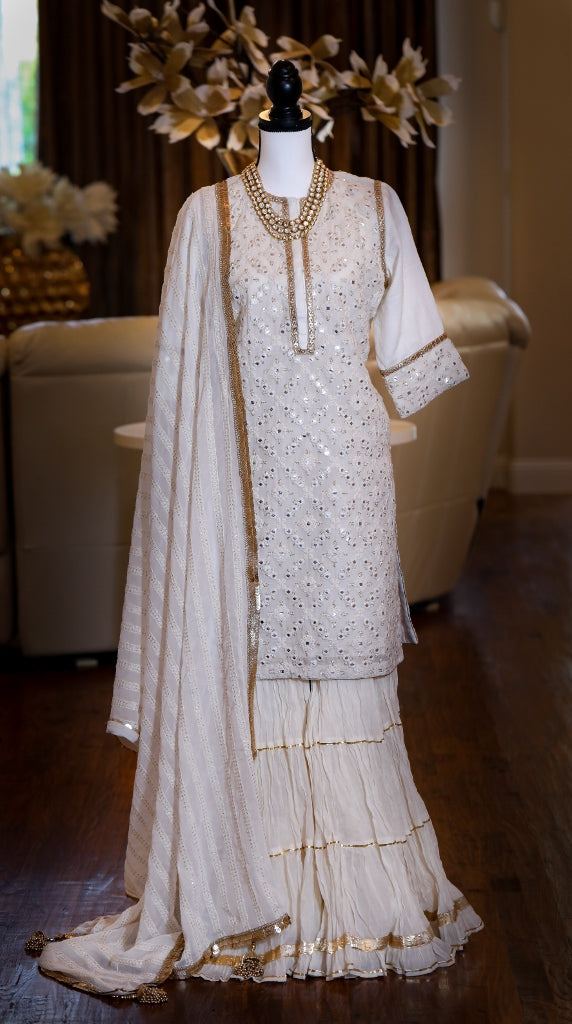 OFF WHITE KURTA GARARA SET