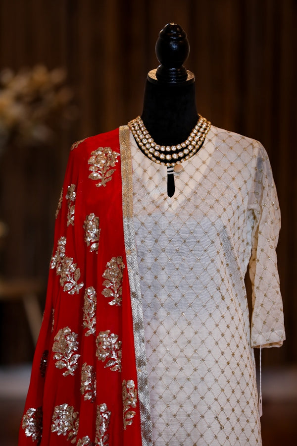 OFF WHITE KURTA SET WITH RED DUPATTA