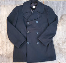 Load image into Gallery viewer, 70's Military Peacoat 40R