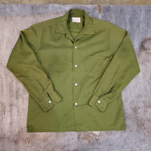 Load image into Gallery viewer, 60's Towncraft Green Shirt