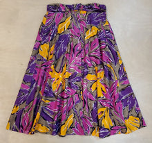 Load image into Gallery viewer, Floral Skirt