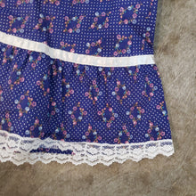 Load image into Gallery viewer, Gunne Sax Lace & Floral 70's Skirt - Size 9