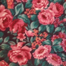 Load image into Gallery viewer, Floral Skirt Size 12