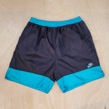 Load image into Gallery viewer, Nike Shorts