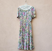 Load image into Gallery viewer, Lady Carol Floral Dress