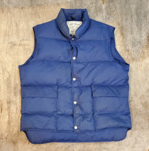 Load image into Gallery viewer, L.L. Bean Down Vest