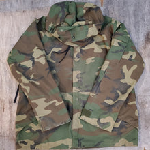 Load image into Gallery viewer, Gore Tex Military Parka
