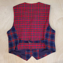 Load image into Gallery viewer, LizSport Plaid Wool Vest
