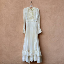 Load image into Gallery viewer, Gunne Sax Style Dress