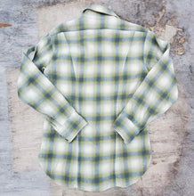 Load image into Gallery viewer, Pendleton Western Plaid Shirt