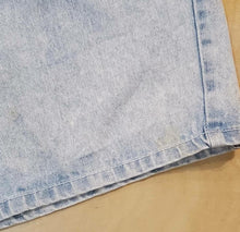Load image into Gallery viewer, BREAKER JEANS DenimShorts