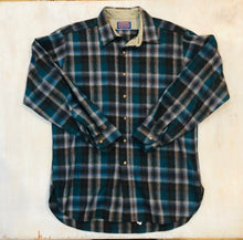 Load image into Gallery viewer, Pendleton Plaid Shirt