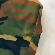 Load image into Gallery viewer, Camo Insulated Wind Breaker