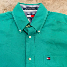 Load image into Gallery viewer, Tommy Hilfiger Button Down Shirt