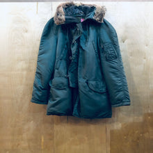 Load image into Gallery viewer, U.S. Military Cold Weather Parka