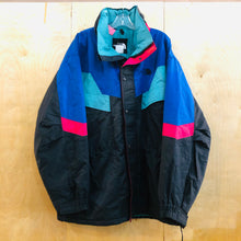 Load image into Gallery viewer, The North Face Heavy Coat