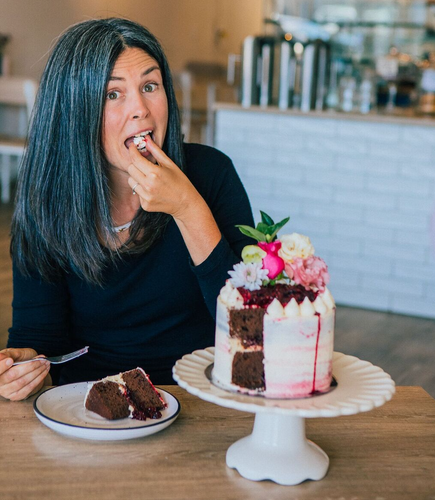 Why you can feel great AND eat cake!  Advice from nutrionist Michelle Yandle, on how to be healthy and eat the foods you love.