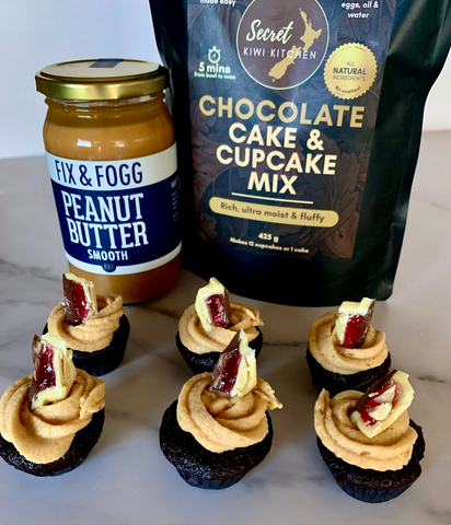 Secret Kiwi Kitchen's Peanut Butter Icing with Whittakers Jelly Tip Chocolate