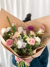 Load image into Gallery viewer, XL Bouquet